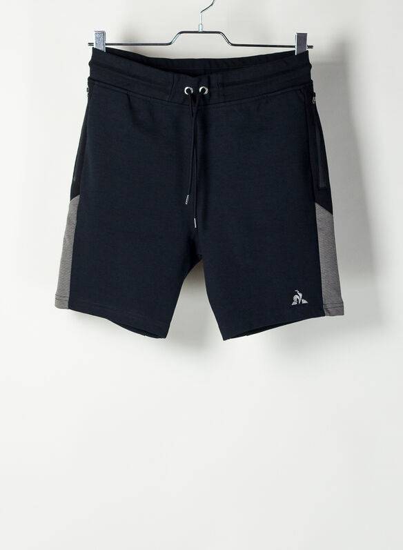 SHORTS TECH, BLK, medium