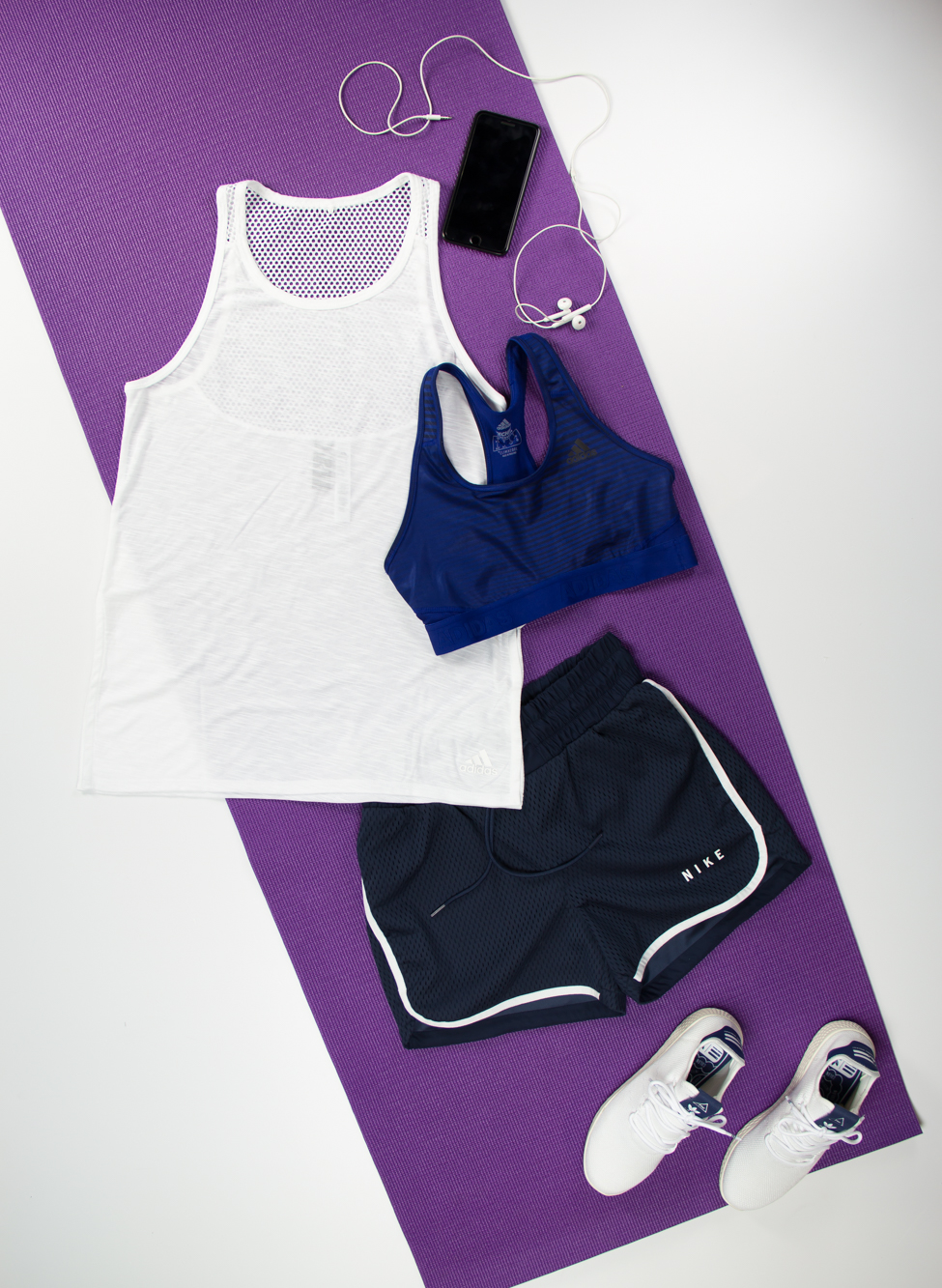 Bianco e blu per un look sporty!, , medium